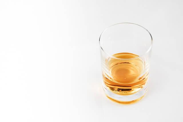 Emorroidi: Bevande da Evitare Assolutamente